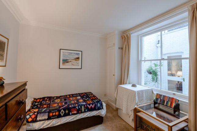 Second Bedroom of Harcourt Terrace, London SW10