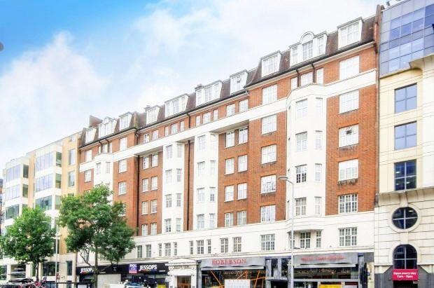 Flat in  Kenton Court  Kensington  Greater London  Fulham