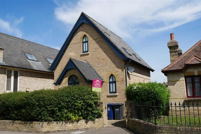 Thumbnail Detached house to rent in Bowlings Court, East Street, St. Ives, Huntingdon