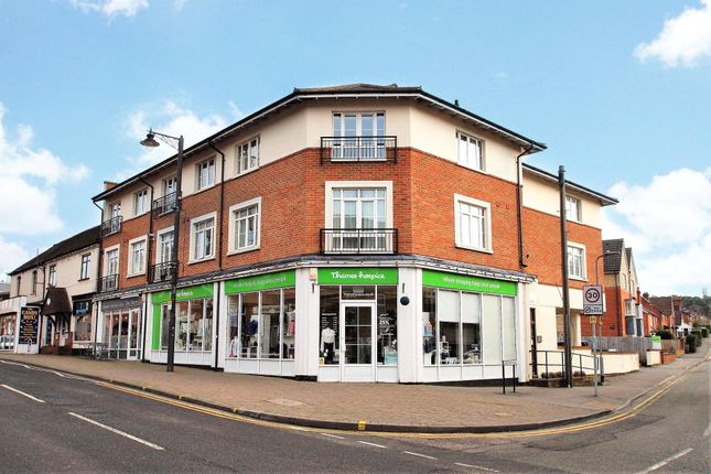 1 bed flat for sale in Twelve Trees House, Cambridge Road, Crowthorne, Berkshire RG45