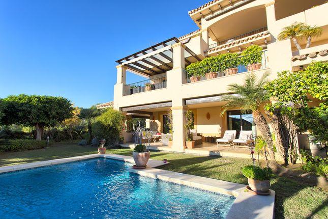Thumbnail Apartment for sale in Calle Las Aguilas, 168, 29660 Marbella, Málaga, Spain