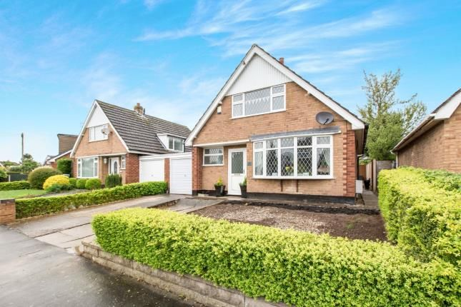 Thumbnail Bungalow for sale in Barons Road, Shavington, Crewe, Cheshire