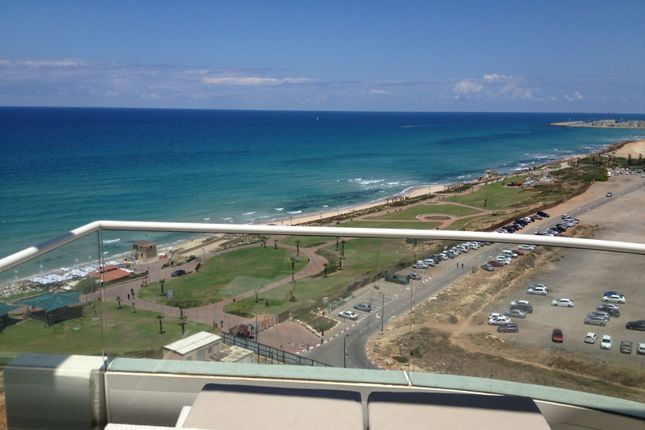 Thumbnail Apartment for sale in Luxury Penthose For Sale In Hotel In Tel Aviv, Herzl Rosenblum, Israel