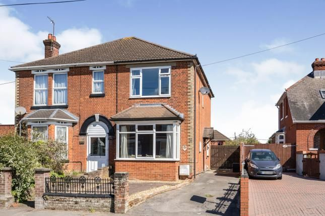 2 bed semi-detached house for sale in Totton, Southampton, Hampshire SO40