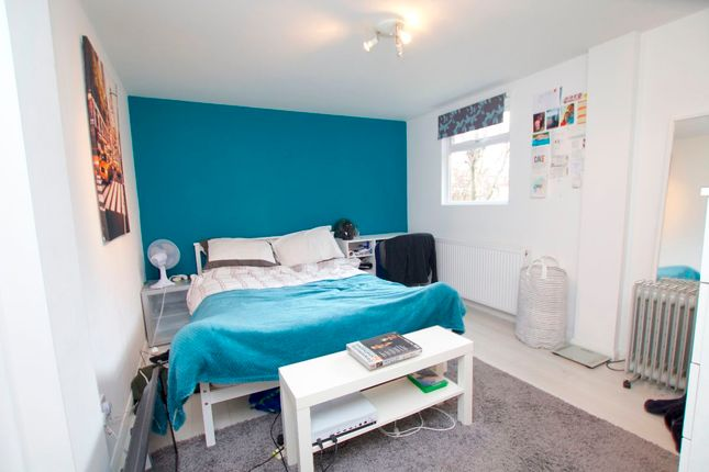 Thumbnail Property to rent in Willingham Way, Norbiton, Kingston Upon Thames
