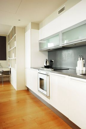 Thumbnail Flat to rent in Eastfields Avenue, Wandsworth