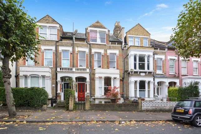 Thumbnail Flat for sale in Dunsmure Road, London