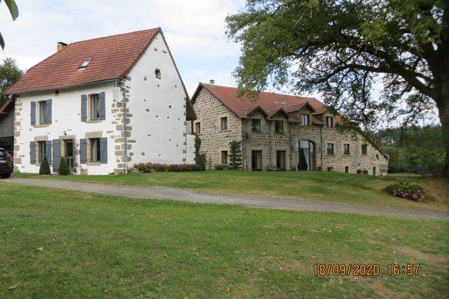 Thumbnail Villa for sale in St Junien La Bregere, Creuse, Nouvelle-Aquitaine