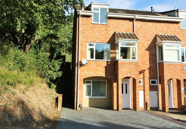 4 bed property for sale in Gloucester Road, Exeter