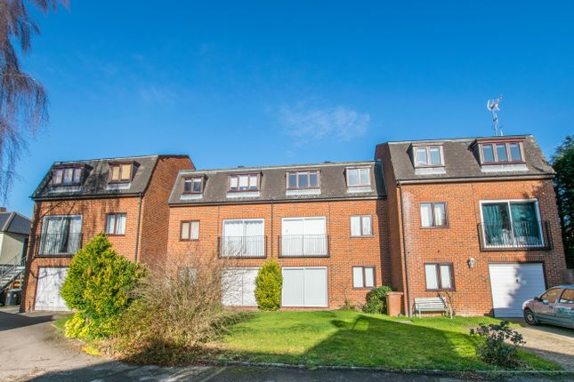 1 bed flat to rent in Mansfield Gardens, Hertford SG14