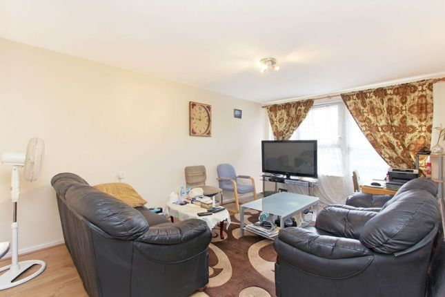Thumbnail Flat for sale in Owgan Close, Camberwell, London