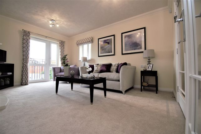 Thumbnail Flat for sale in Hardy Lodge, Shaftesbury, Dorset