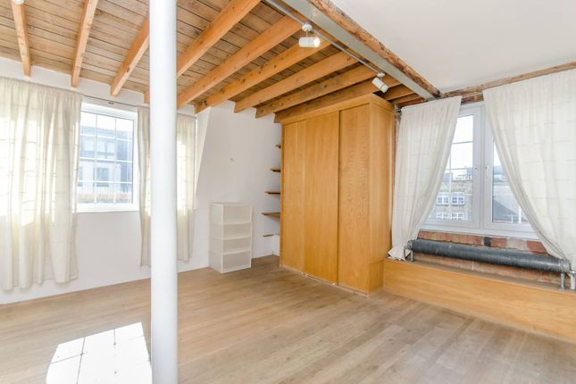Thumbnail Flat to rent in Clerkenwell Road, Clerkenwell, London
