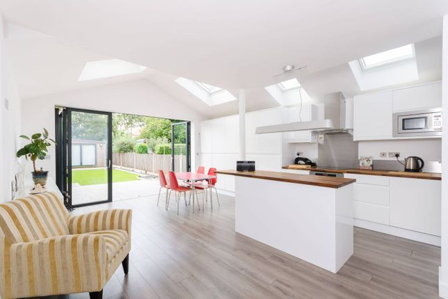 Thumbnail Flat for sale in Robinson Road, Colliers Wood