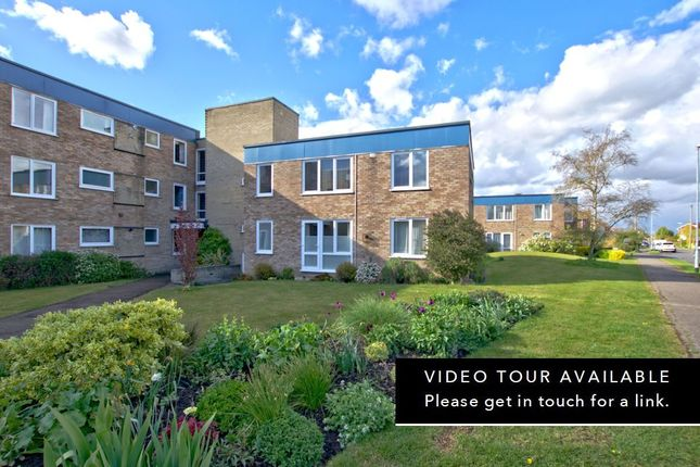3 bed flat for sale in Thornton Court, Girton, Cambridge CB3