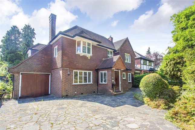 Thumbnail Detached house for sale in Bellfield Avenue, Harrow Weald, Middlesex