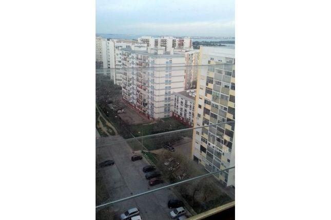 Thumbnail Apartment for sale in Laranjeiro E Feijó, Laranjeiro E Feijó, Almada