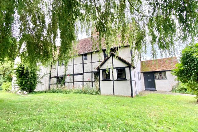 Thumbnail Detached house for sale in Bearwood Path, Winnersh, Reading, Berkshire