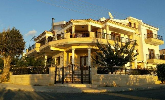 Villa for sale in Emba, Paphos, Cyprus