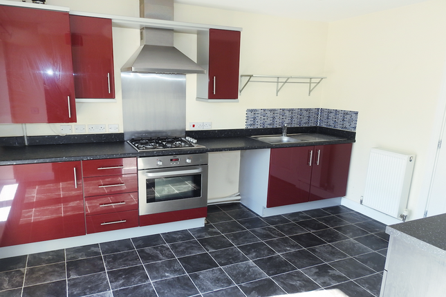2 bed terraced house to rent in Needlers Way, Sculcoates Lane HU5