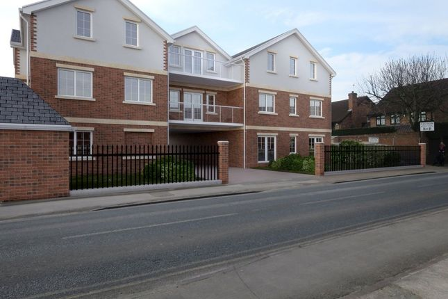 Thumbnail Flat for sale in Craufurd Rise, Maidenhead