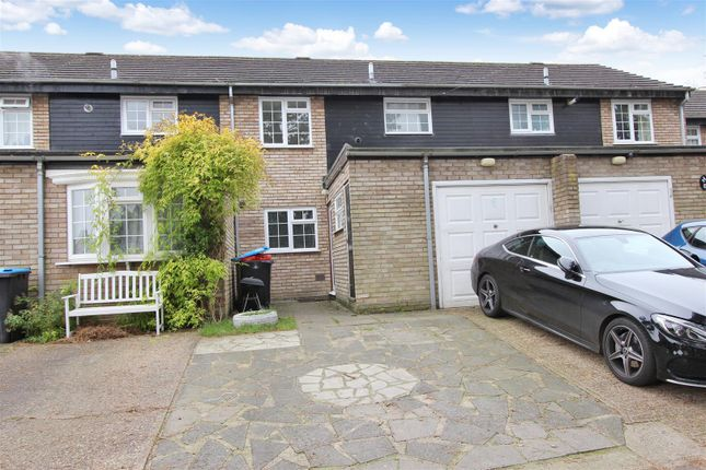 Thumbnail Terraced house to rent in Pine Tree Close, Christchurch Road, Old Town, Hemel Hempstead