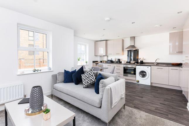 2 bedroom flat for sale in Southfleet Road, Ebbsfleet