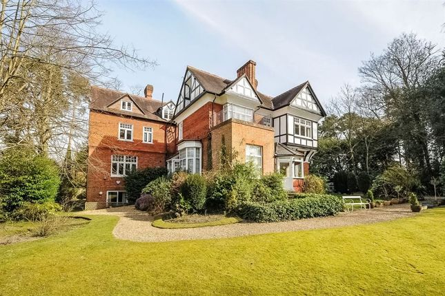 Thumbnail Flat to rent in Hermitage Drive, Ascot