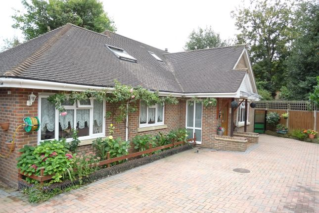 Thumbnail Detached house for sale in Meadow Way, Addlestone