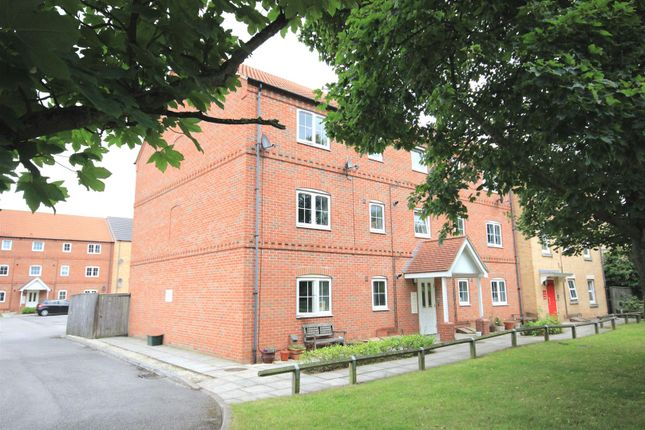 Thumbnail Flat for sale in Lancaster Court, Auckley, Doncaster