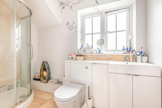 En Suite of The Street, Binsted, Hampshire GU34