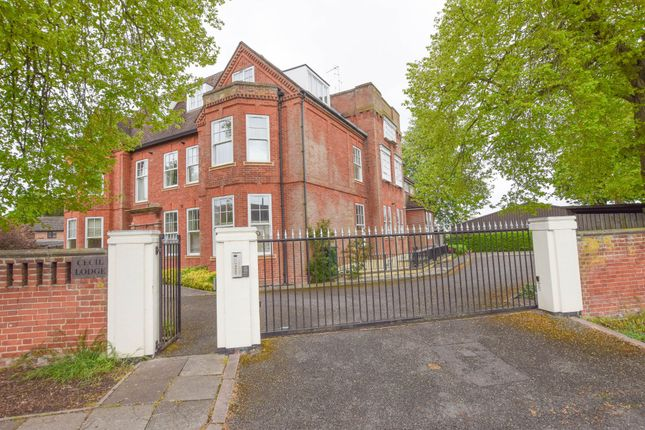 Thumbnail Flat for sale in Falmouth Avenue, Newmarket