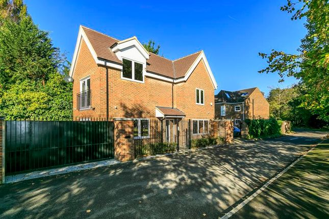 Thumbnail Property to rent in Bainbridge Close, Ham, Richmond