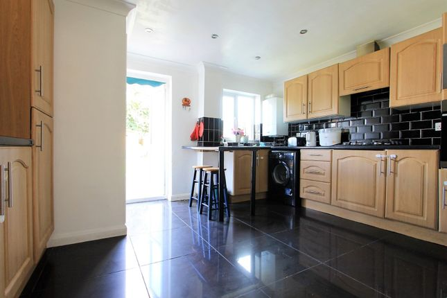 Thumbnail Terraced house for sale in Haselbury Road, London