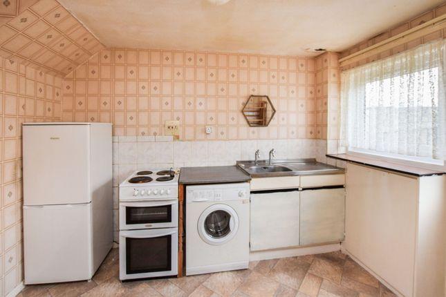 Kitchen of Lyonside Street, Rigside ML11