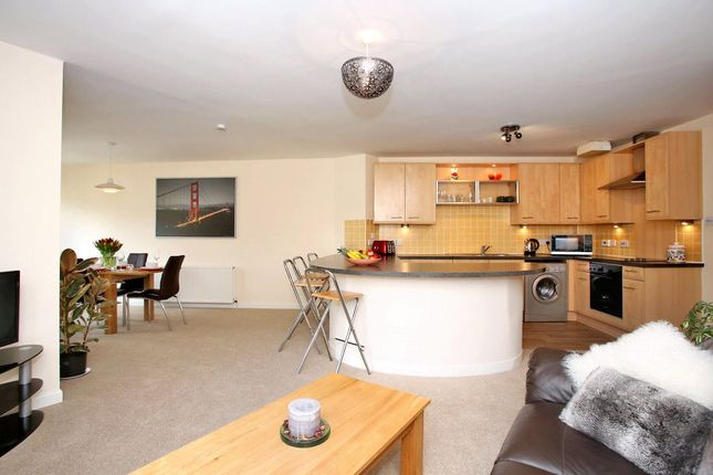 Thumbnail Penthouse to rent in North Deeside Road, Cults, Aberdeen