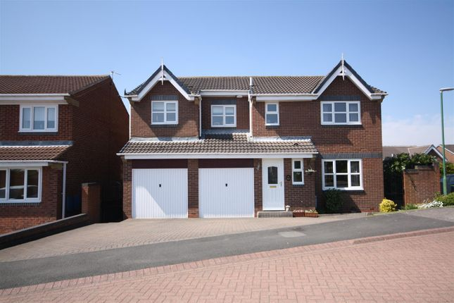 Thumbnail Detached house for sale in Flodden Close, Chester Le Street