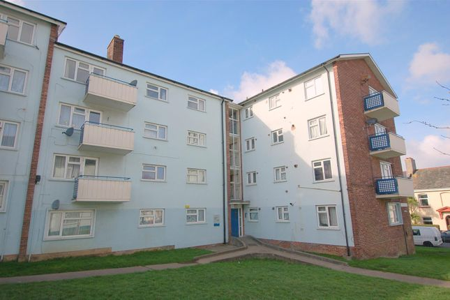 Thumbnail Flat to rent in Alcester Close, Plymouth