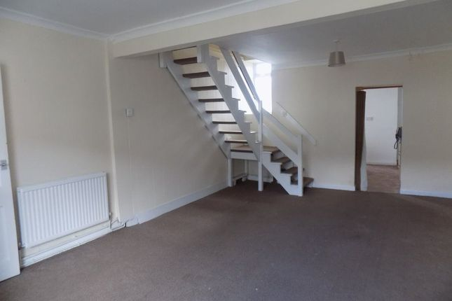Thumbnail Property to rent in Penydre, Neath
