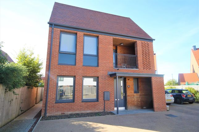 Thumbnail 2 bed detached house for sale in Derwent Way, York