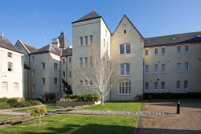 Thumbnail Flat for sale in East Wing, Fairfield Hall, Kingsley Avenue, Fairfield, Hitchin