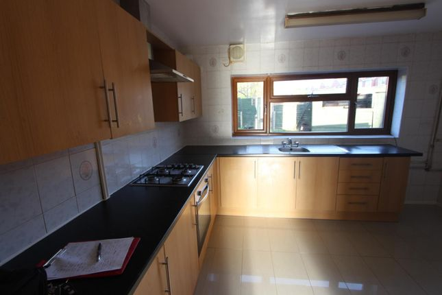 Thumbnail Property to rent in Chalvington Close, Leicester