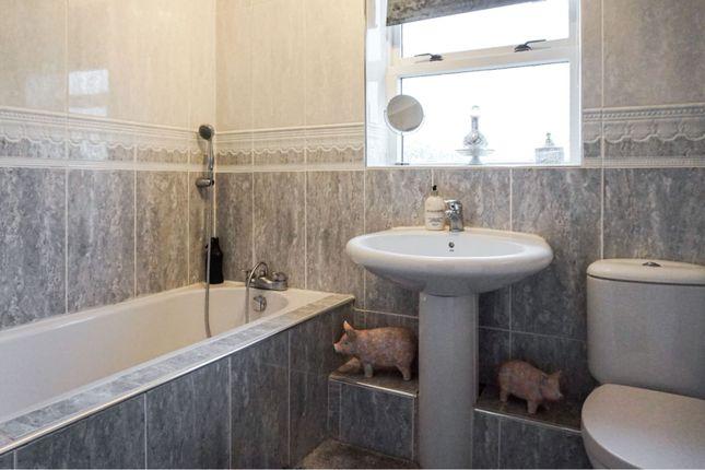 Bathroom of Quarries Way, Kirkby-In-Ashfield NG17