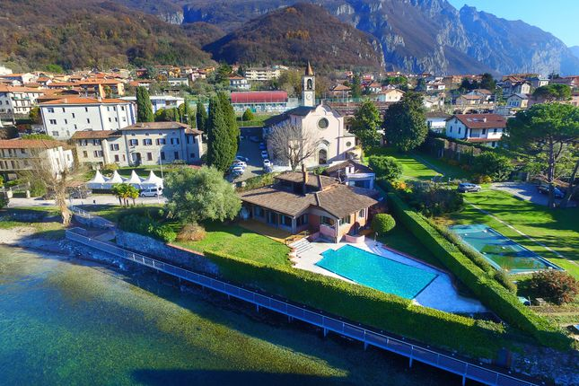 Villa for sale in Lecco (Town), Lecco, Lombardy, Italy