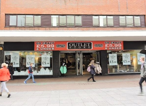 Thumbnail Retail premises to let in High Street, Southend - On - Sea