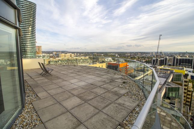 Thumbnail Flat to rent in Ability Place, Millharbour, Canary Wharf