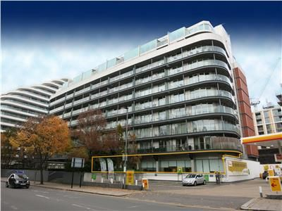 Thumbnail Commercial property for sale in Queenstown Road, London