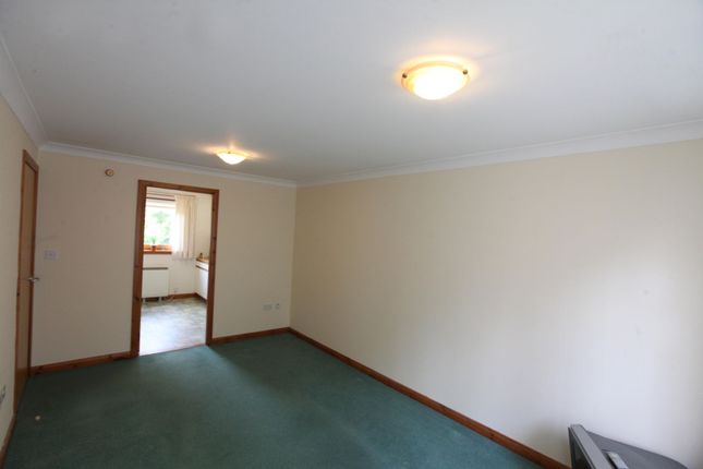 Lounge of 114 Strathern Road, Dundee DD5