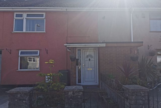 2 bed terraced house to rent in Fourth Avenue, Clase SA6