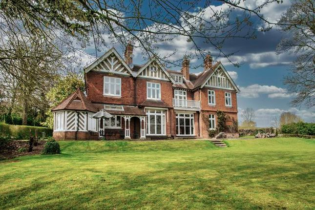 Thumbnail Detached house for sale in Terrys Lane, Cookham